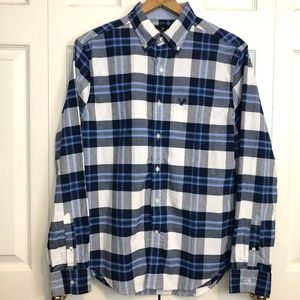 American Eagle Blue Button Up Long Sleeve Shirt